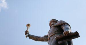 пам'ятник гетьману Мазепі-Історія в школі