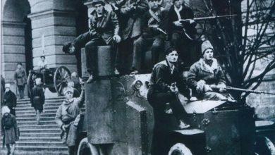 Жовтневий переворот-Історія в школі