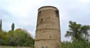 Вітовтова башта-Історія в школі
